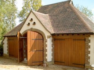 Side Hinged Garage Door Lancing